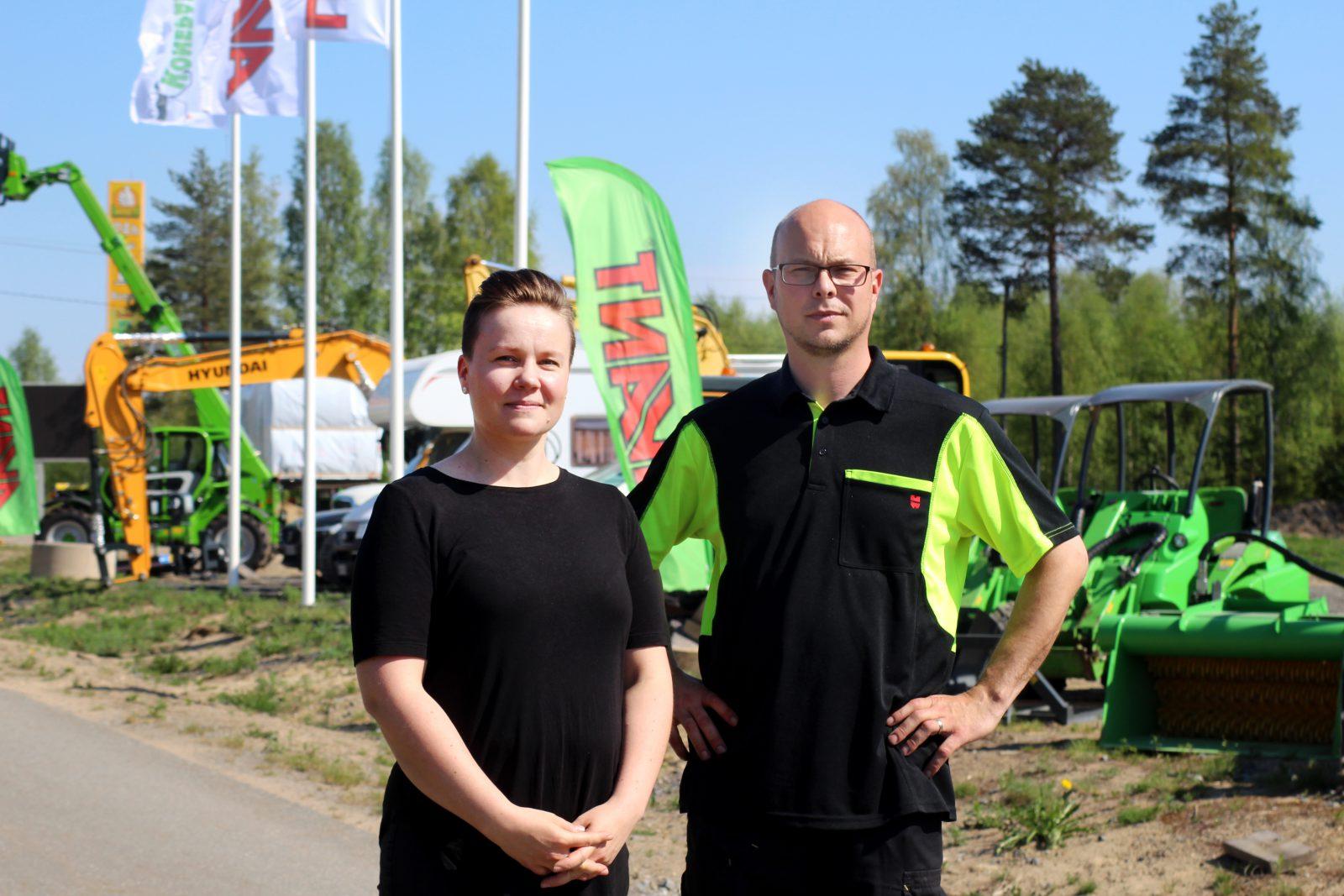 Jukotechin yrittäjät Tiina ja Kari Autio Juvan Vehmaa.