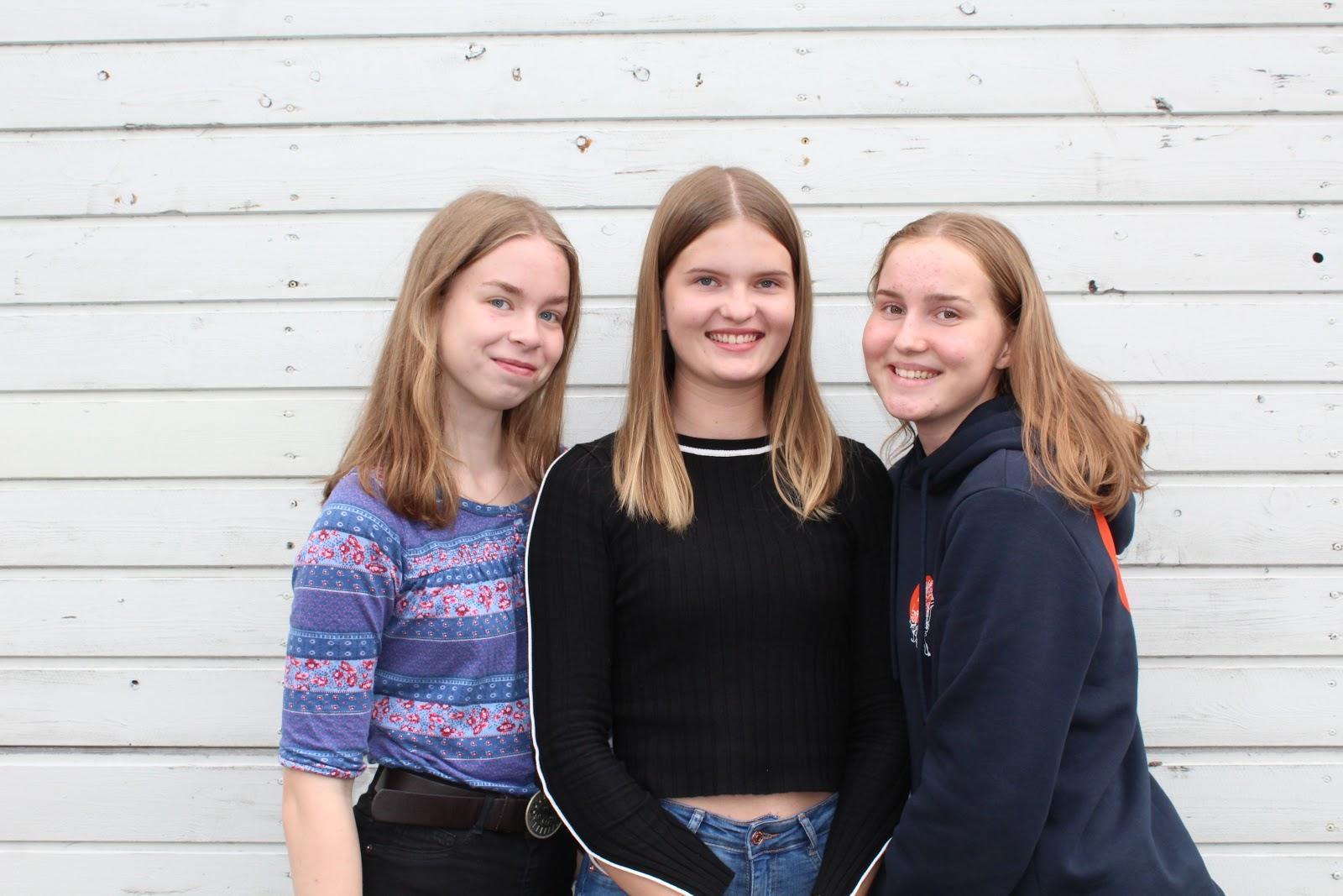 Maria Tuuliainen, Riina Laakso ja Emmi Tuovinen Juvan lukiosta.