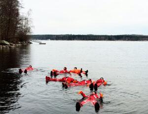 eroakiireesta_kylmävesikelluntaa_Puumalassa Saimaalla_Mikkelin seutu